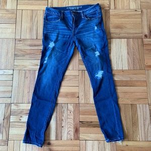 American Eagle Skinny Jeans with rips